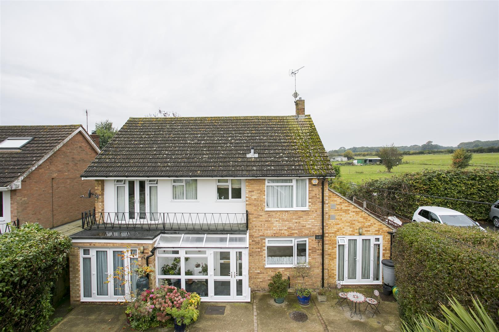 4 Bedrooms Detached House for sale in Butchers Lane, Mereworth, Maidstone